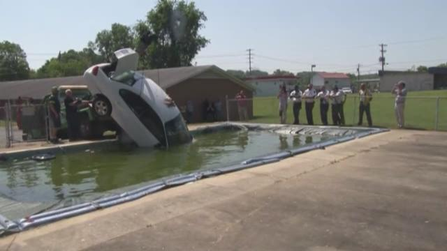 Winston Salem Crews Pull Car Out Of Swimming Pool