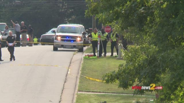 Man found dead in Greensboro on Greenbriar Rd